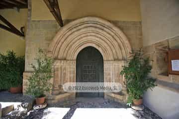 Iglesia de Santa María de Llas