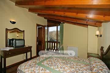 Salón. Hotel rural La Ercina