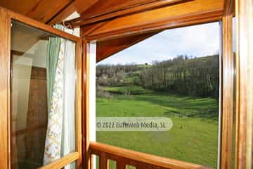 Exteriores. Hotel rural La Ercina