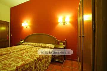 Habitación 003. Hotel Puente Romano