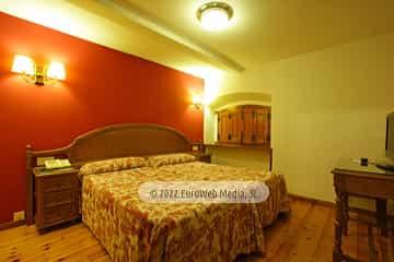 Habitación 203. Hotel Puente Romano