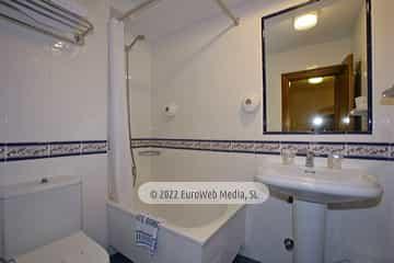 Habitación 206. Hotel Puente Romano