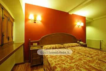 Habitación 208. Hotel Puente Romano