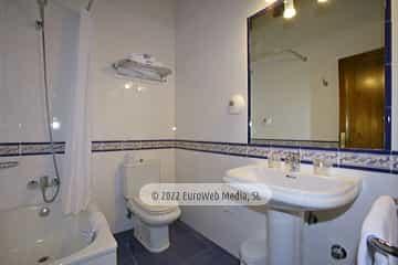 Habitación 301. Hotel Puente Romano
