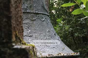 Escultura «Campana Monumental»