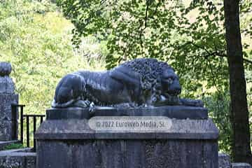 Escultura «Los Leones»