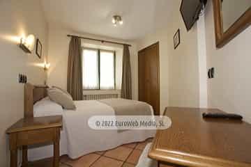 Habitación 26. Hotel Villa de Cabrales