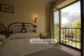 Habitación 13. Hotel Villa de Cabrales