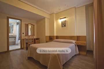Habitación 202. Hotel Naranjo de Bulnes