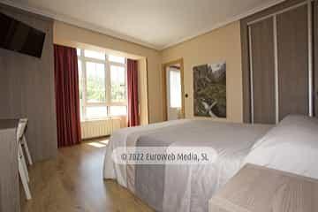 Habitación 206. Hotel Naranjo de Bulnes