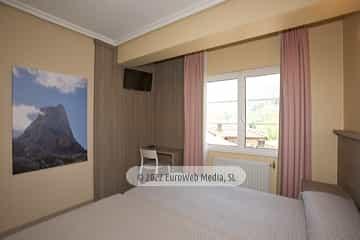 Habitación 306. Hotel Naranjo de Bulnes