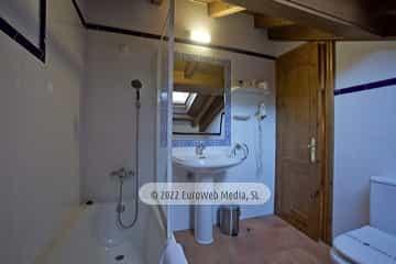 Habitación 405. Hotel Naranjo de Bulnes
