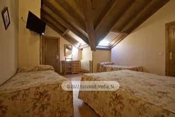 Habitación 407. Hotel Naranjo de Bulnes