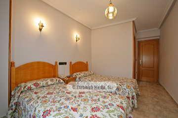 Habitación 408. Hotel Naranjo de Bulnes