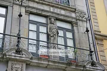 Edificio calle Corrida, 5