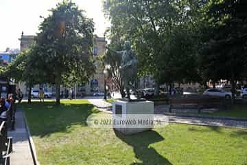 Escultura «Octavio Augusto»
