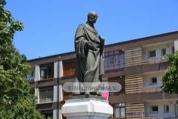 Escultura «Monumento a Posada Herrera»