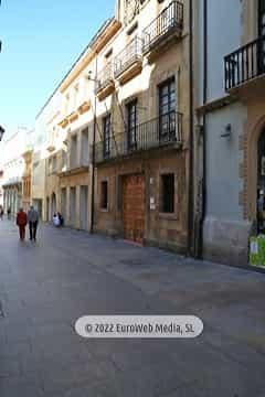 Casa de los Oviedo-Portal