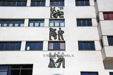 Escultura «Mural de Trabajo»