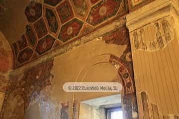 Interiores. Iglesia San Julián de los Prados de Oviedo