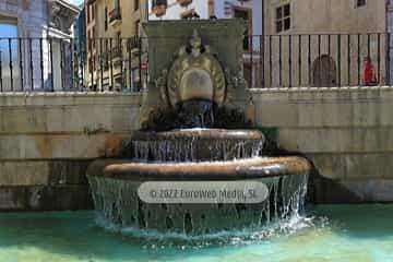 Plaza de Alfonso II, El Casto