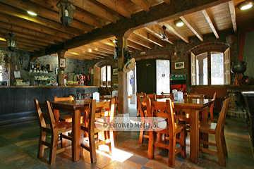 Bar restaurante. Restaurante Bodegón del Dobra