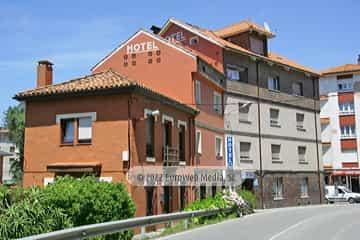 Exteriores. Hotel Derli Sella