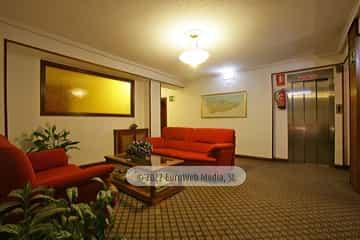 Salón. Hotel Derli Sella