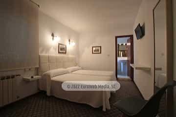 Habitación 202. Hotel Derli Sella