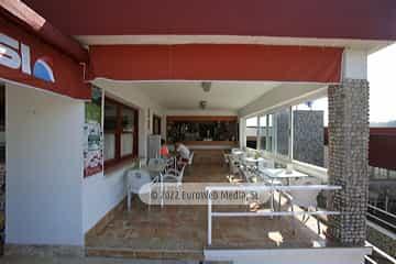 Cafetería. Camping Perlora
