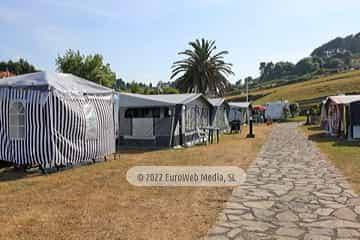 Zona de acampada. Camping Perlora