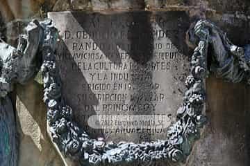 Escultura «Monumento a Obdulio Fernández Pando»