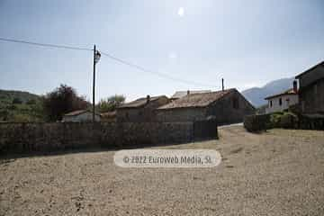 Parking. Casa de aldea La Casona del Jou