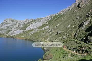 Lago del Valle