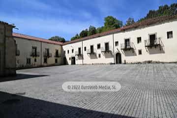. Monasterio de Santa María de Valdediós