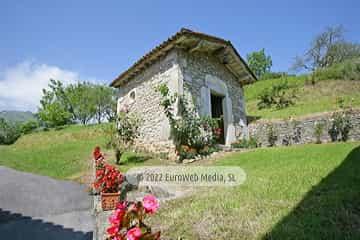 Capilla Caserío de San Pedro. Capilla de San Pedrín (Debodes)