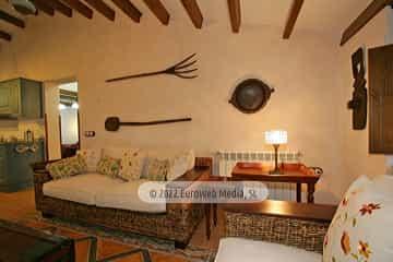 Aparcamiento. Apartamentos rurales Casería El Hondrigu