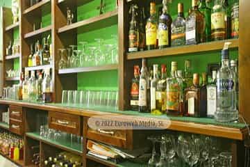 Restaurante. Mesón Sidrería El Carro