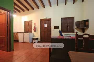 Apartamentos Rojos. Apartamentos rurales La Regatina