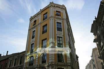 Edificio calle San Bernardo, 3