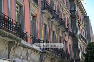 Edificio calle Fruela, 1 y 3