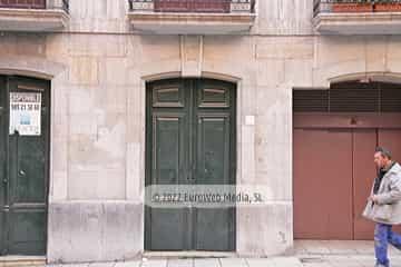 Edificio calle Campomanes, 17
