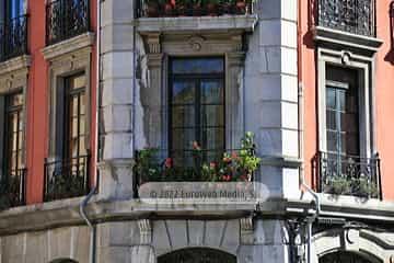 Casa esquina calle del Rosal