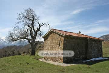Ermita de Santa Ana. Ermita de Santa Ana (Murias - Teverga)