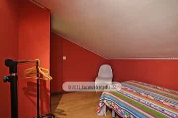 Bajo cubierta: habitación 2. Vivienda vacacional Villa Ruiz