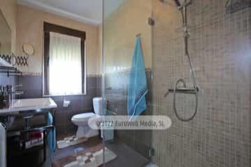 Planta primera: baño. Vivienda vacacional Villa Ruiz