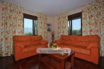 Planta primera: salón. Vivienda vacacional Villa Ruiz
