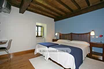 Habitación azul. Casa de aldea Palacio de Ardaliz