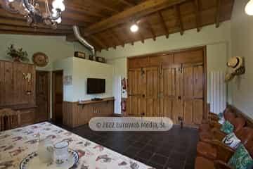 Salón de eventos. Casa rural La Faya