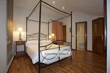 Apartamento Regueiron. Apartamentos turísticos La Güérgola